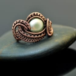wire wrap, wire wrapping, wire wrap ring, copper ring, copper jewelry, wire wrap jewelry, nicole hanna jewelry, freshwater pearl, pearl ring, wire wrap pearl, nicole hanna jewelry