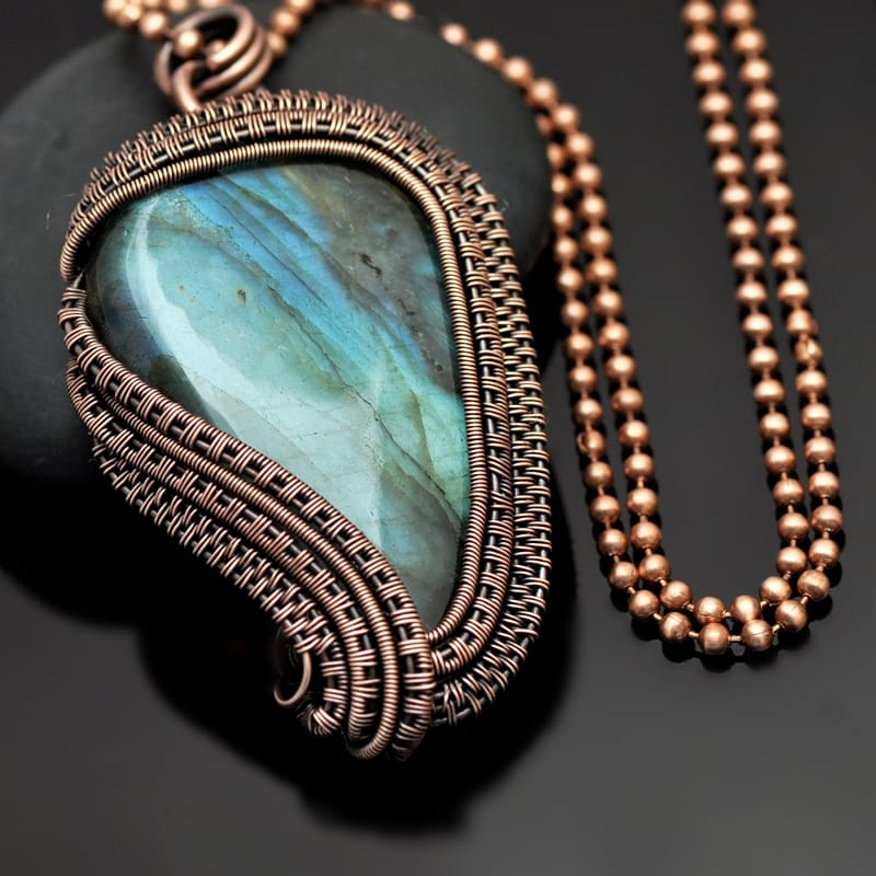 wire wrapping, wire weaving, wire wrap pendant, wire wrap necklace, wire wrap jewelry, copper jewelry, copper necklace, copper pendant, labradorite pendant, labradorite necklace, wire wrap labradorite, handmade jewelry, one of a kind jewelry, nicole hanna jewelry